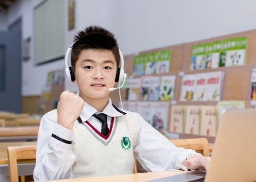 KET听力第二部分题型与答题技巧是什么?